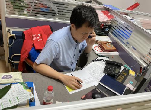 """深圳战疫:党校中青班的""""特别一课"""""""