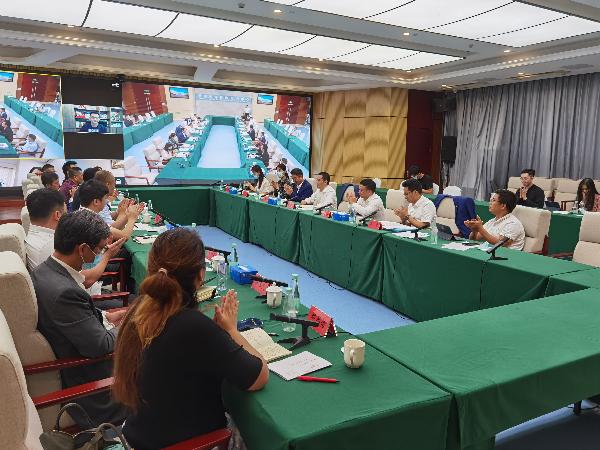 前海举行香港企业代表公共服务配套需求调研座谈会